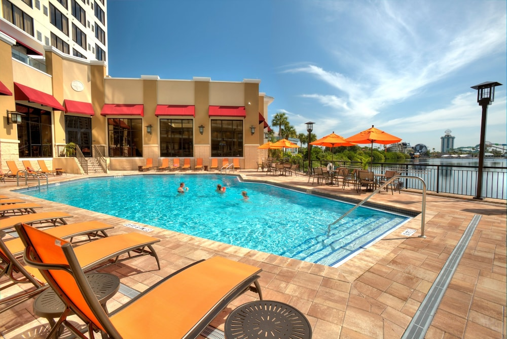 Outdoor Pool, Ramada Plaza Resort & Suites by Wyndham Orlando Intl Drive