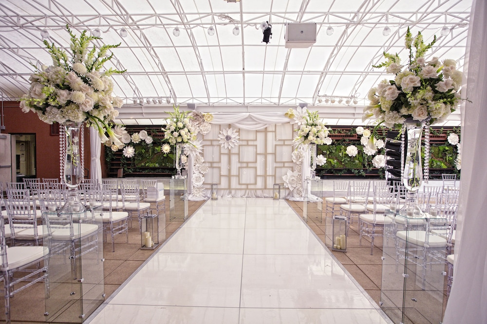 Indoor Wedding, The Sam Houston, Curio Collection by Hilton