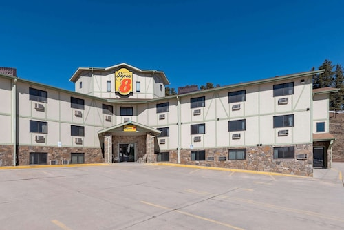 Super 8 by Wyndham Hill City/Mt Rushmore/ Area