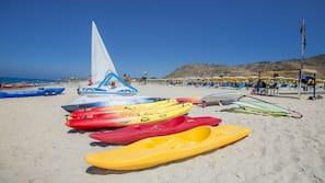 Private beach nearby, white sand, free beach shuttle, sun loungers