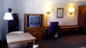 Cribs/infant beds, rollaway beds, free WiFi
