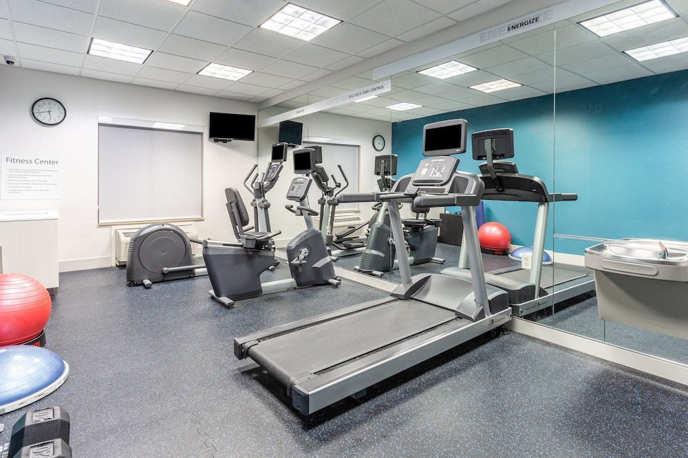 Fitness Facility, Holiday Inn Express & Suites White Haven - Poconos, an IHG Hotel