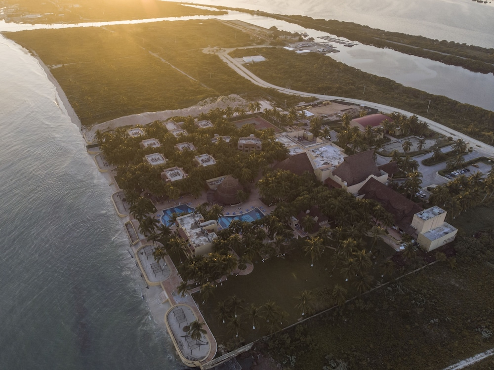 Aerial View, Reef Yucatan All Inclusive Hotel and Convention Center