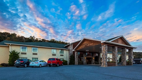 SureStay Plus Hotel by Best Western Berkeley Springs