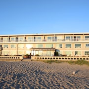 Seashore Inn ... on the Beach