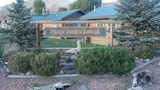 Twin Pines Lodge and Cabins - Dubois Hotels