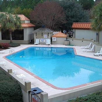 Outdoor Pool, Motel 6 Florence, SC