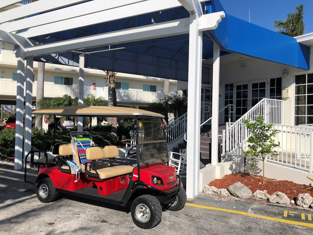 Miscellaneous, Skipjack Resort & Marina