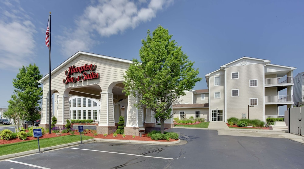 Exterior, Hampton Inn & Suites Chincoteague Waterfront