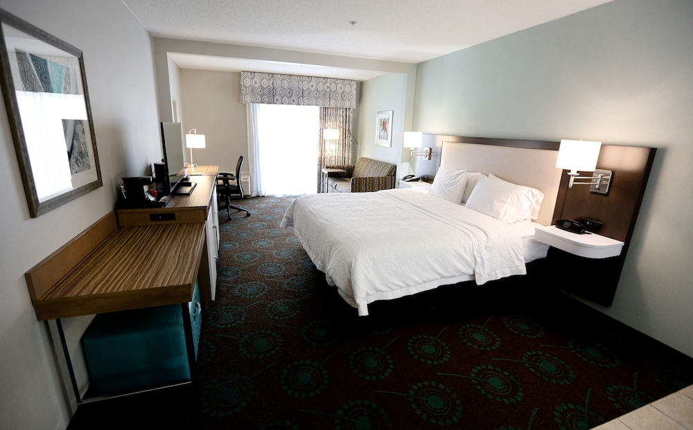 Room, Hampton Inn & Suites Chincoteague Waterfront