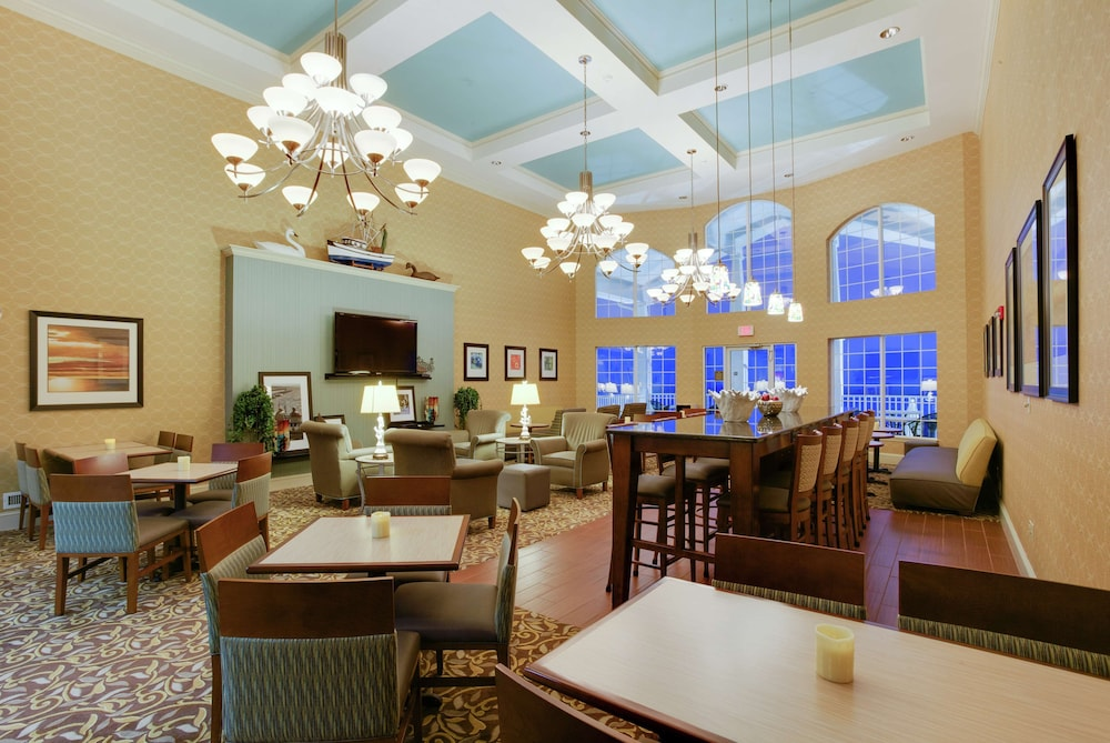 Reception, Hampton Inn & Suites Chincoteague Waterfront