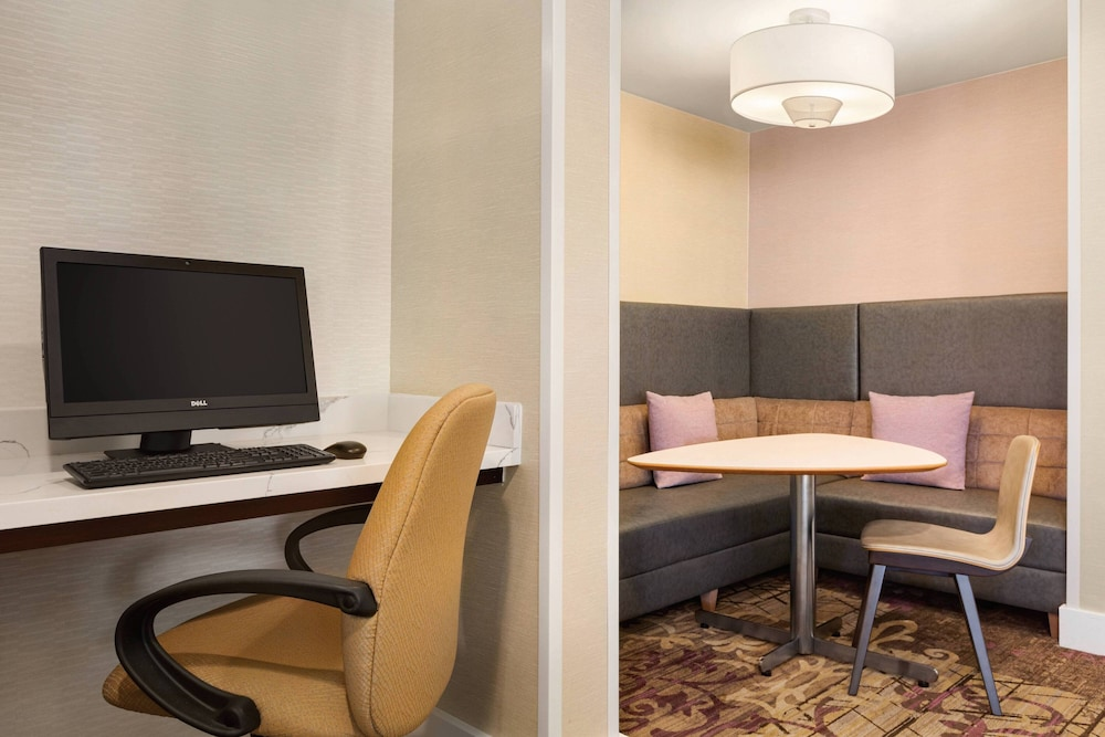 Business Center, Residence Inn by Marriott Folsom Sacramento