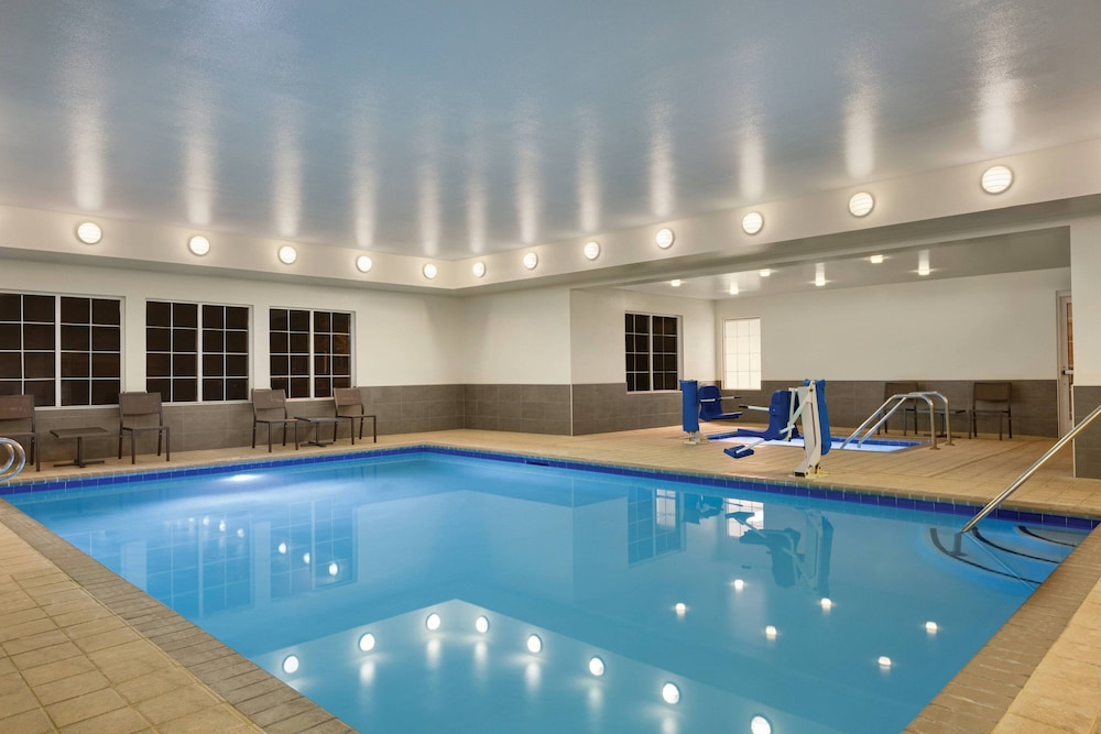 Pool, Residence Inn by Marriott Folsom Sacramento