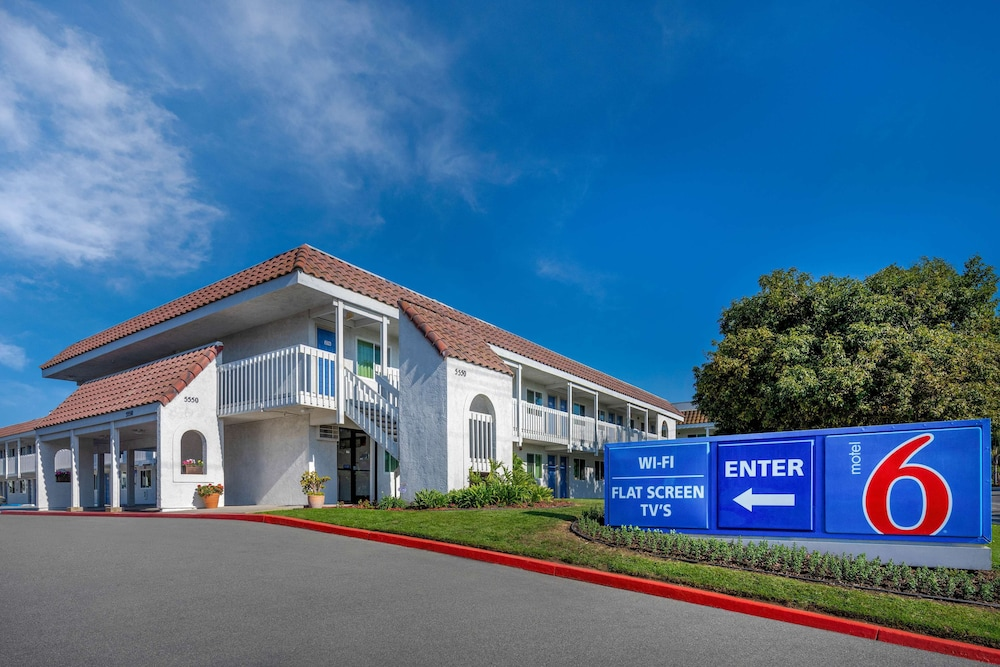 Exterior, Motel 6 Carpinteria, CA - Santa Barbara - South
