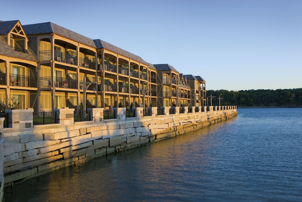 Exterior, Harborside Hotel Marina And Spa