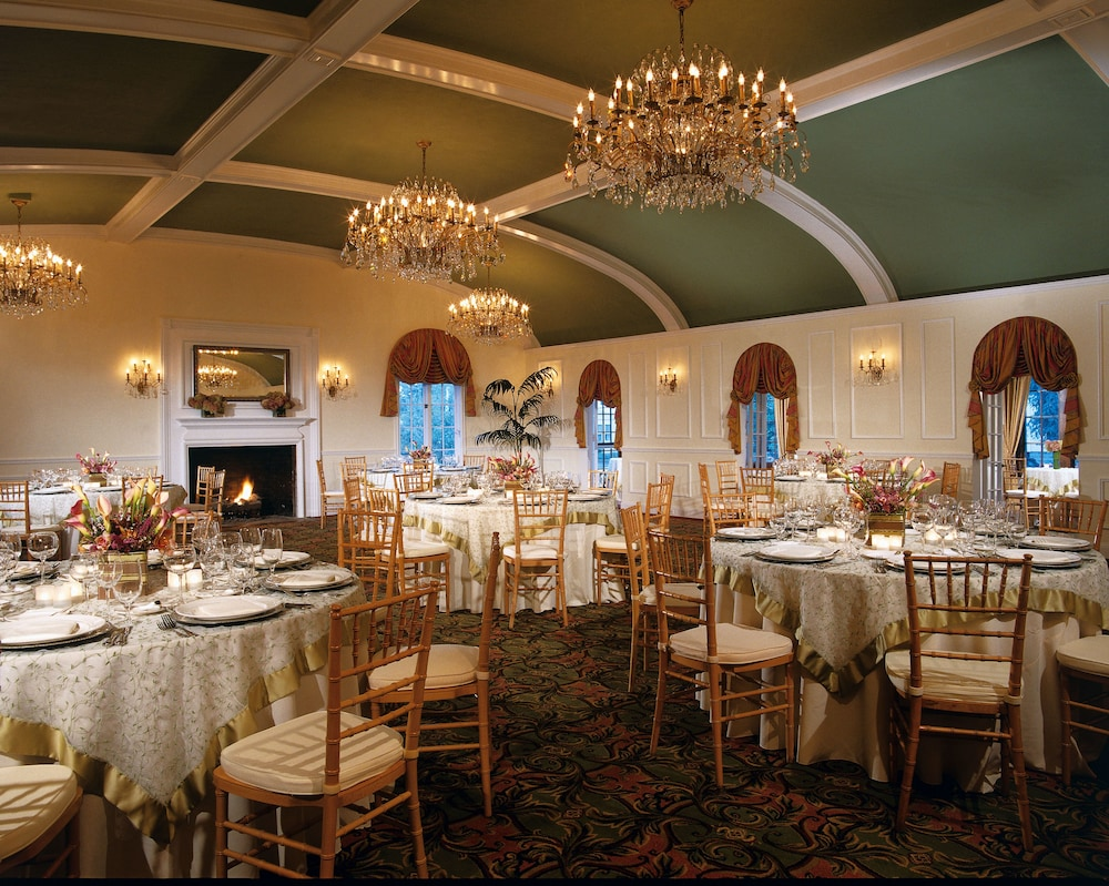 Banquet Hall, Harborside Hotel Marina And Spa