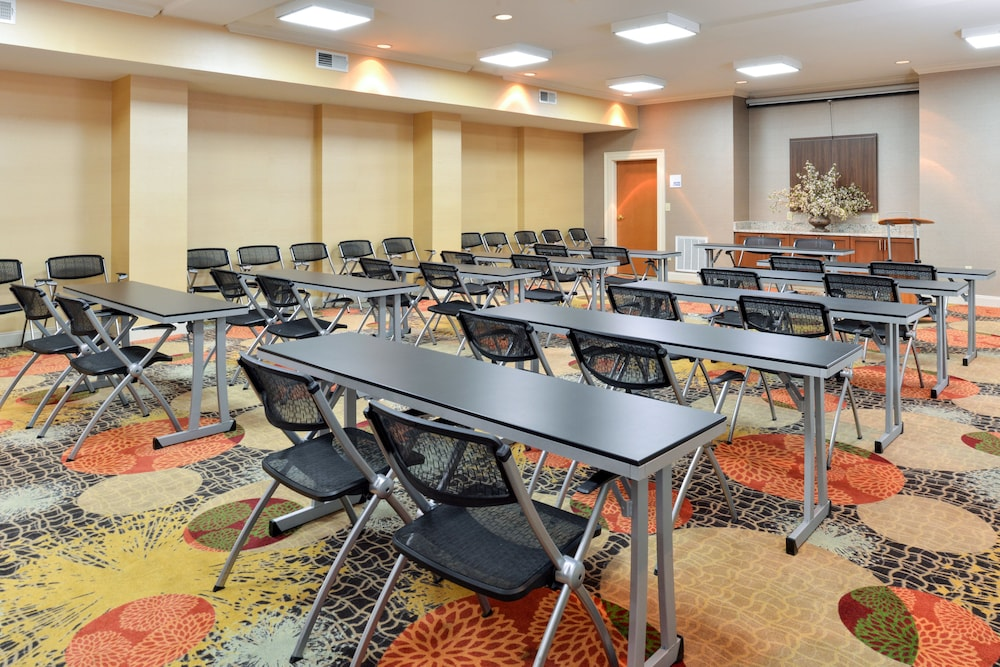 Meeting Facility, Holiday Inn Express Hotel & Suites Bessemer