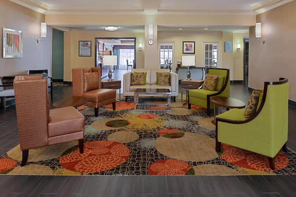 Lobby, Holiday Inn Express Hotel & Suites Bessemer