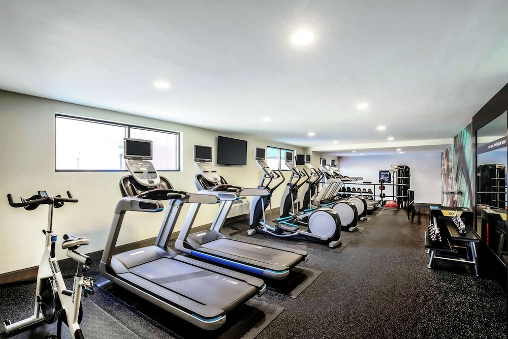 Fitness Facility, Hampton Inn & Suites Austin - Downtown / Convention Center