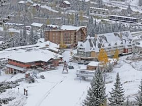 Schweitzer Mountain Resort - Selkirk Lodge