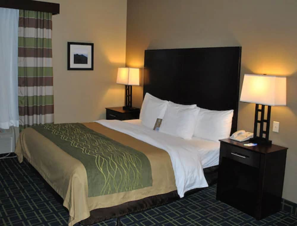 Featured Image, Comfort Inn Franklin
