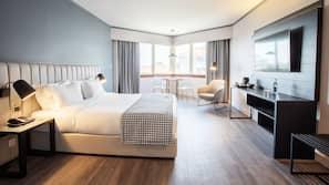 Daunenbettdecken, Minibar, Zimmersafe, Verdunkelungsvorhänge