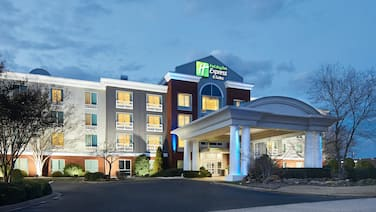 Holiday Inn Express I-26 & Us 29 At Westgate Mall, an IHG Hotel