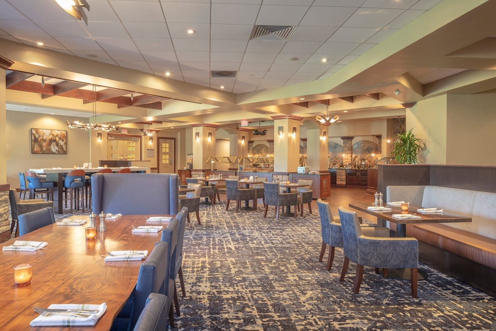 Restaurant, Auburn Marriott Opelika Resort & Spa at Grand National
