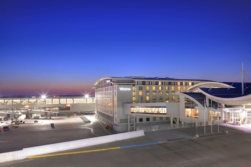 The Westin Detroit Metropolitan Airport