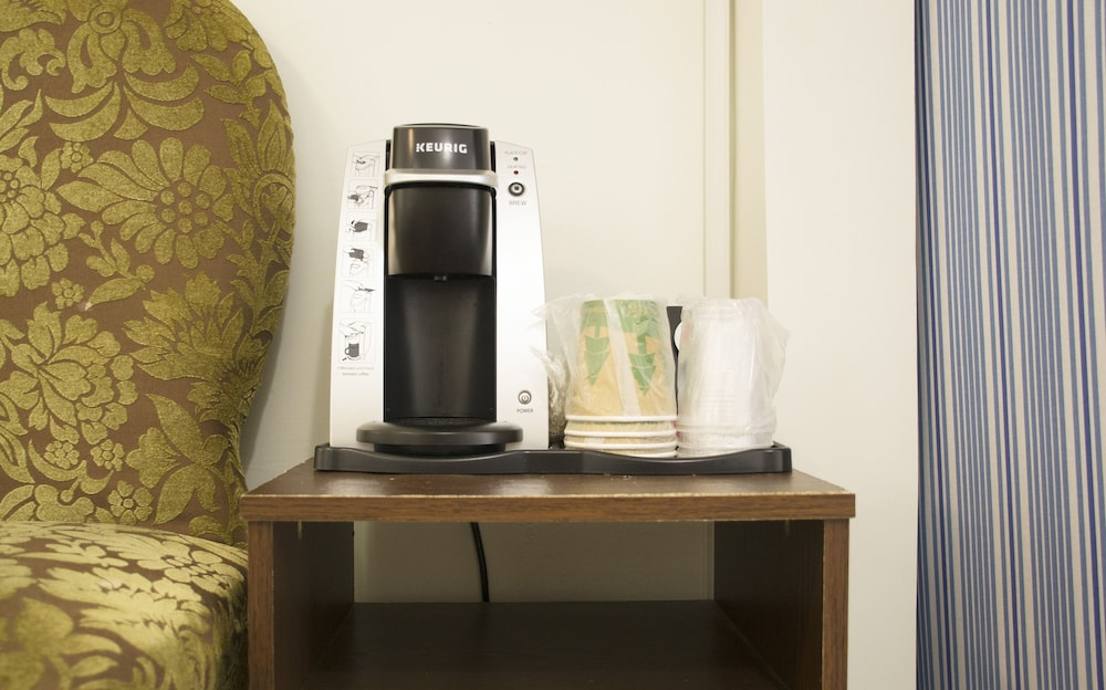 Coffee and/or Coffee Maker, Duval House