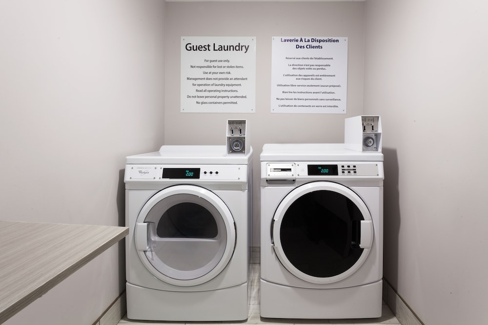 Laundry, Holiday Inn Express & Suites Fredericton