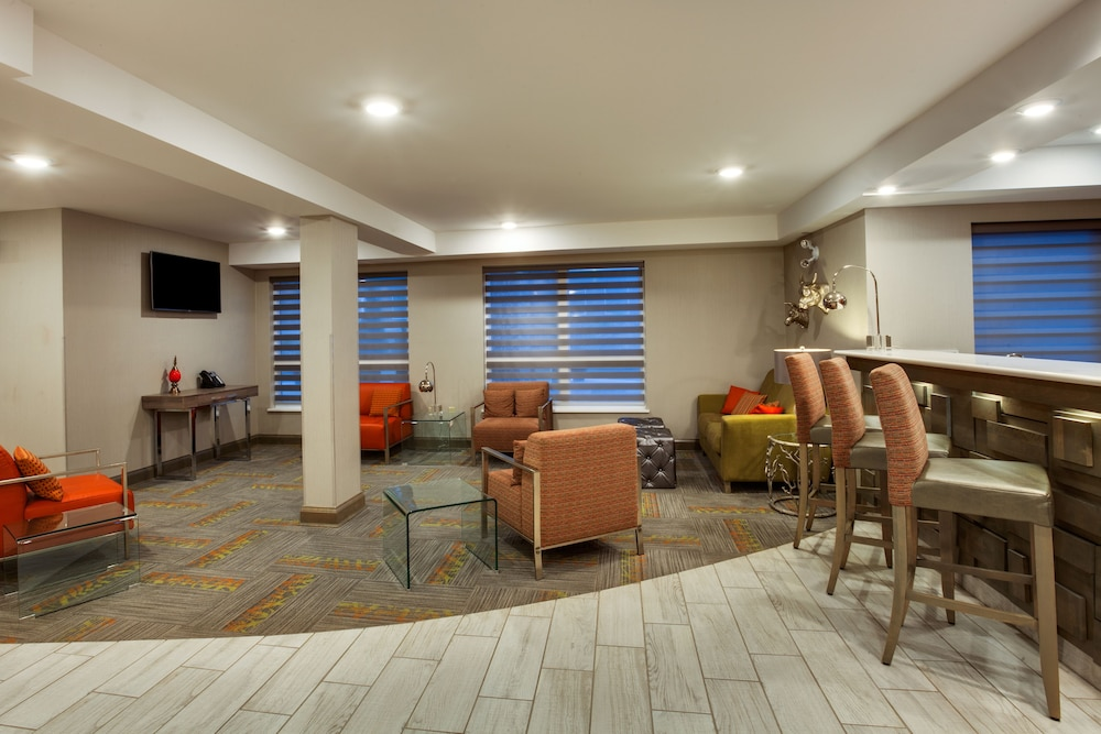 Lobby, Holiday Inn Express & Suites Fredericton