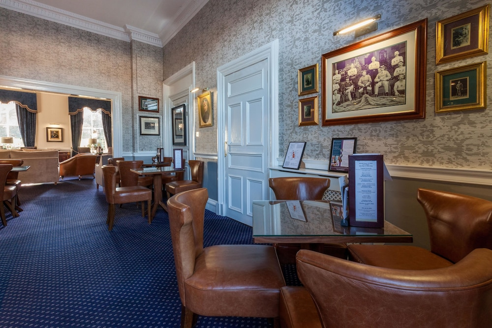 Lobby Sitting Area, The Royal Scots Club Edinburgh
