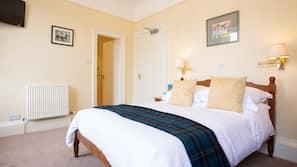Egyptian cotton sheets, premium bedding, free WiFi