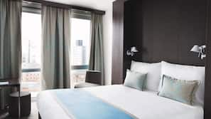 Egyptian cotton sheets, desk, soundproofing, free WiFi