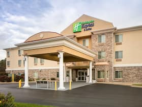 Holiday Inn Express Hotel & Suites Clinton, an IHG Hotel