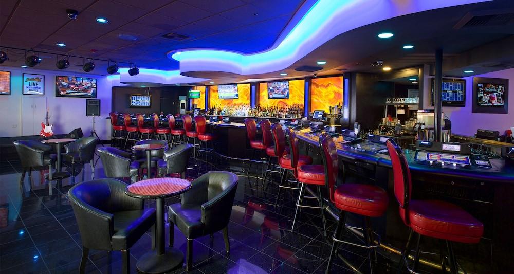 Boomtown casino reno entertainment
