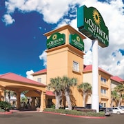 La Quinta Inn & Suites by Wyndham Beaumont West
