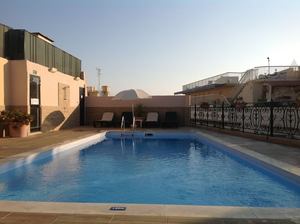 The Windsor Hotel Deals  U0026 Reviews  Sliema  Mlt