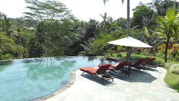 Villa Semana Resort & Spa