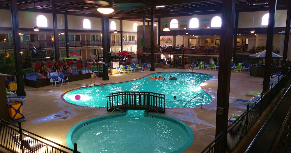 Pool, Pearl on the Concho SureStay Collection by Best Western