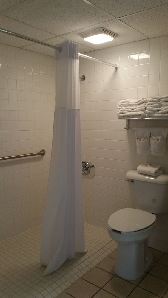 Bathroom, Pearl on the Concho SureStay Collection by Best Western