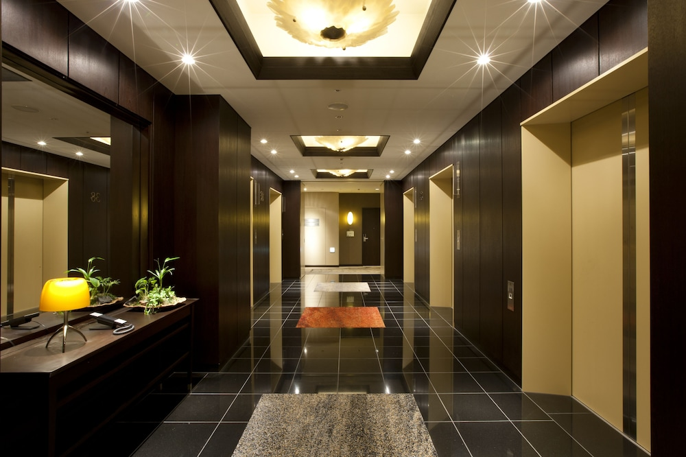 Hallway, The Royal Park Hotel Iconic Tokyo Shiodome