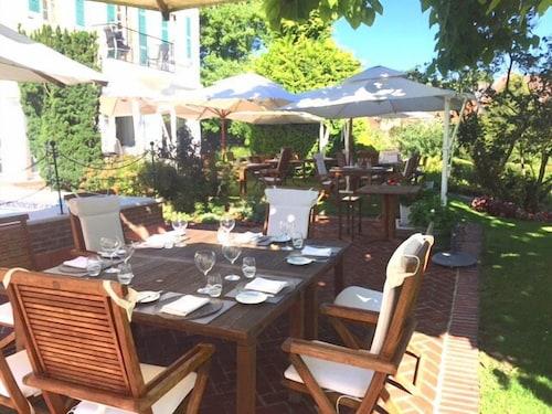 Ch teau de montreuil deals reviews montreuil sur mer - Restaurant le patio montreuil sur mer ...