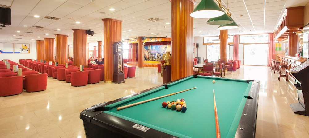 Billiards, Poseidon Resort