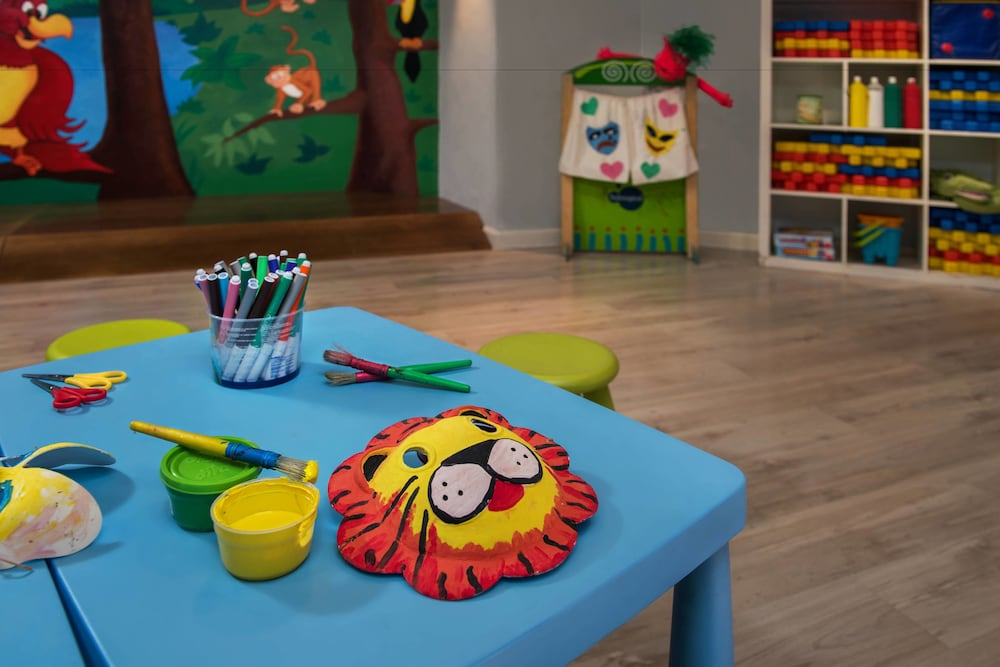 Children's Activities, Marriott's Marbella Beach Resort