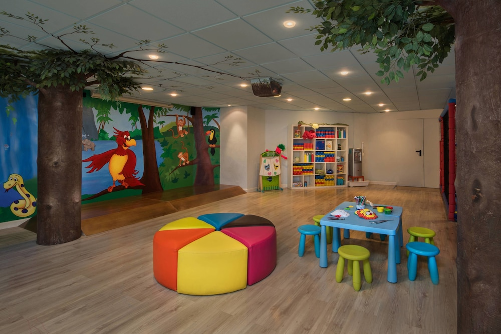 Children's Area, Marriott's Marbella Beach Resort