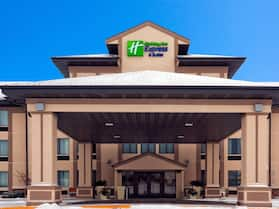 Holiday Inn Express & Suites Winner