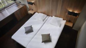 In-room safe, desk, laptop workspace, soundproofing