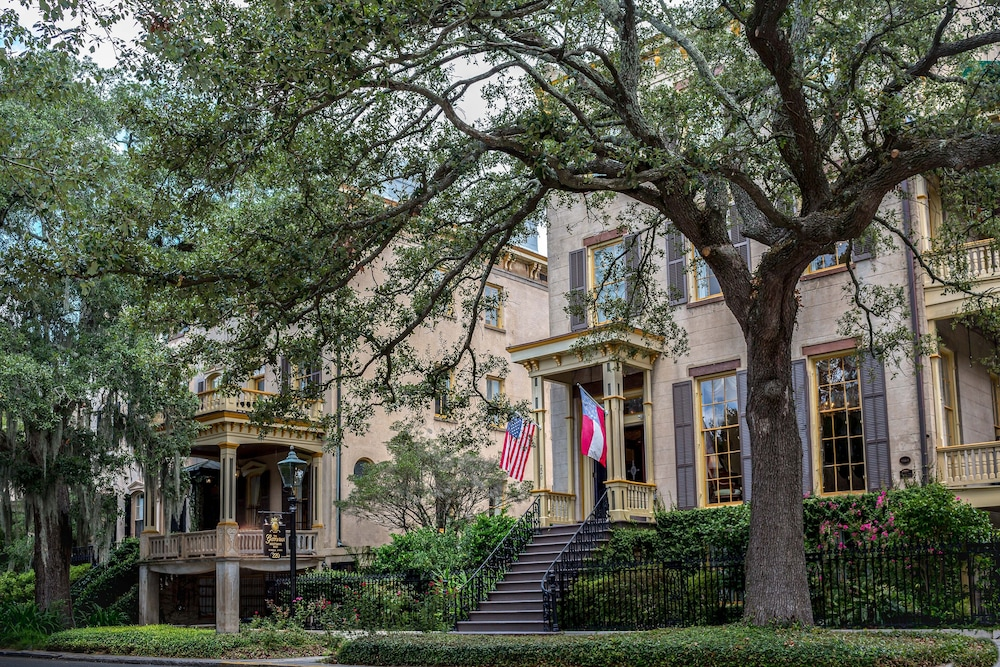 Front of Property, The Gastonian, Historic Inns of Savannah Collection